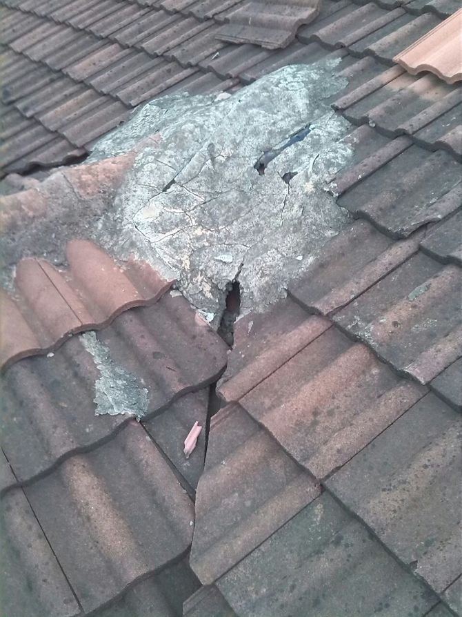 Reasons Why You Should Fix a Leaking Roof